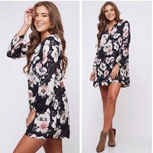Dresses & Skirts - NWT Black Floral Long Sleeve Dress   M